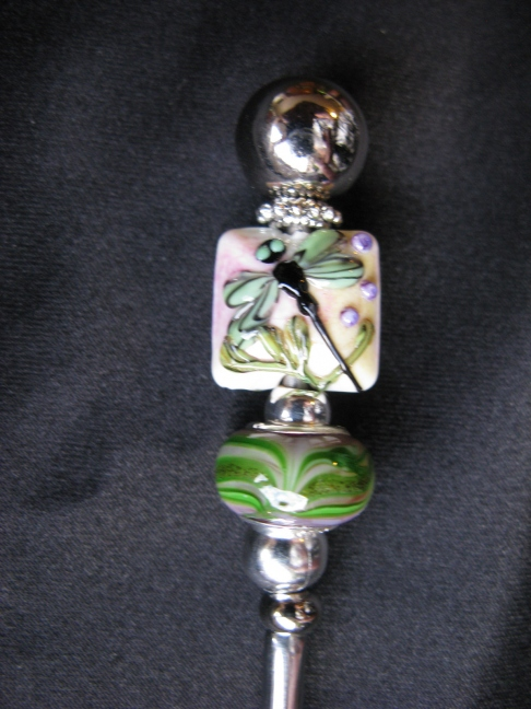Ice Tea Spoon -Dragonfly, green metalic swirl